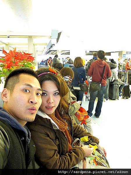 2011-1-17-關島@桃園機場出發到關島 (27)