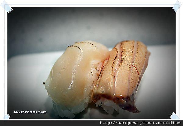 炙燒干貝壽司、炙燒鮭魚壽司
