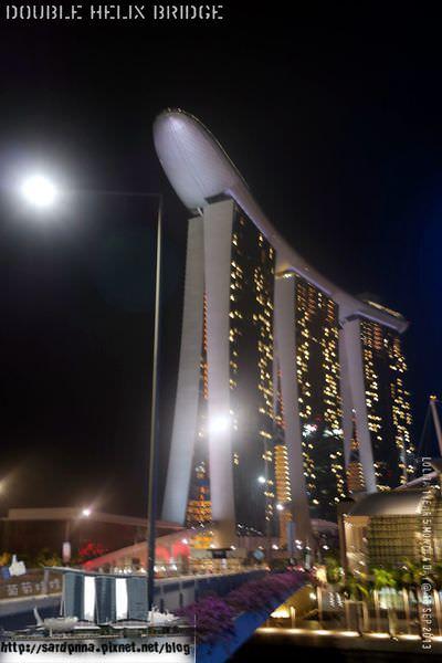 新加坡 x美食推薦 || 世界上第一個雙螺旋人行步橋&黃亞細肉骨茶