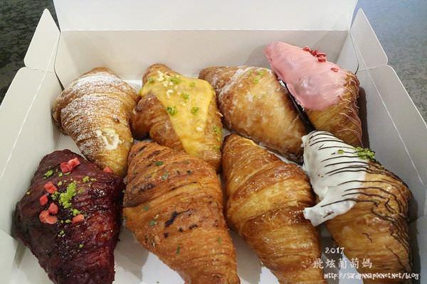 排隊美食🔸八月堂 殿堂級日式可頌口味選擇多  一人限購一盒